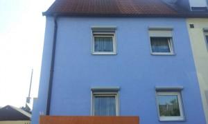 Die Vorbau-Rolladen wurden an der Fensterlaibung angebracht