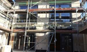 23 Häuser werden mit den modernen Fenster-System-Raffstoren von WAREMA ausgestattet.